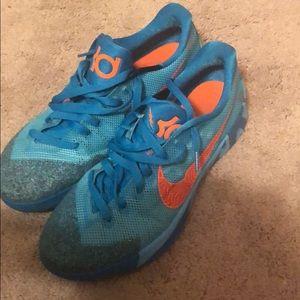 Men's KD Nike shoes